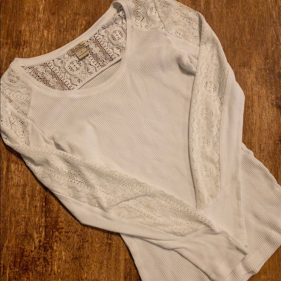 Lucky Brand Tops - Lucky brand thermal long sleeve with lace